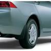 Брызговики оригинальные (зад., к-кт, 2 шт.) для Honda Accord 2003-2005 (HONDA, 08P09-SEA-601)