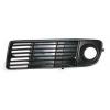 Решетка в бампер (правая, с отв. п/тум.) для Audi A6 1997-2000 (Avtm, 14996)