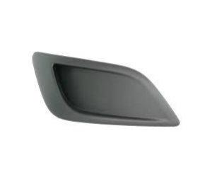 Решетка в бампер (правая, без отв. п/тум., матовая) для Ford Focus 2008-2010 (Avtm, 2809996)